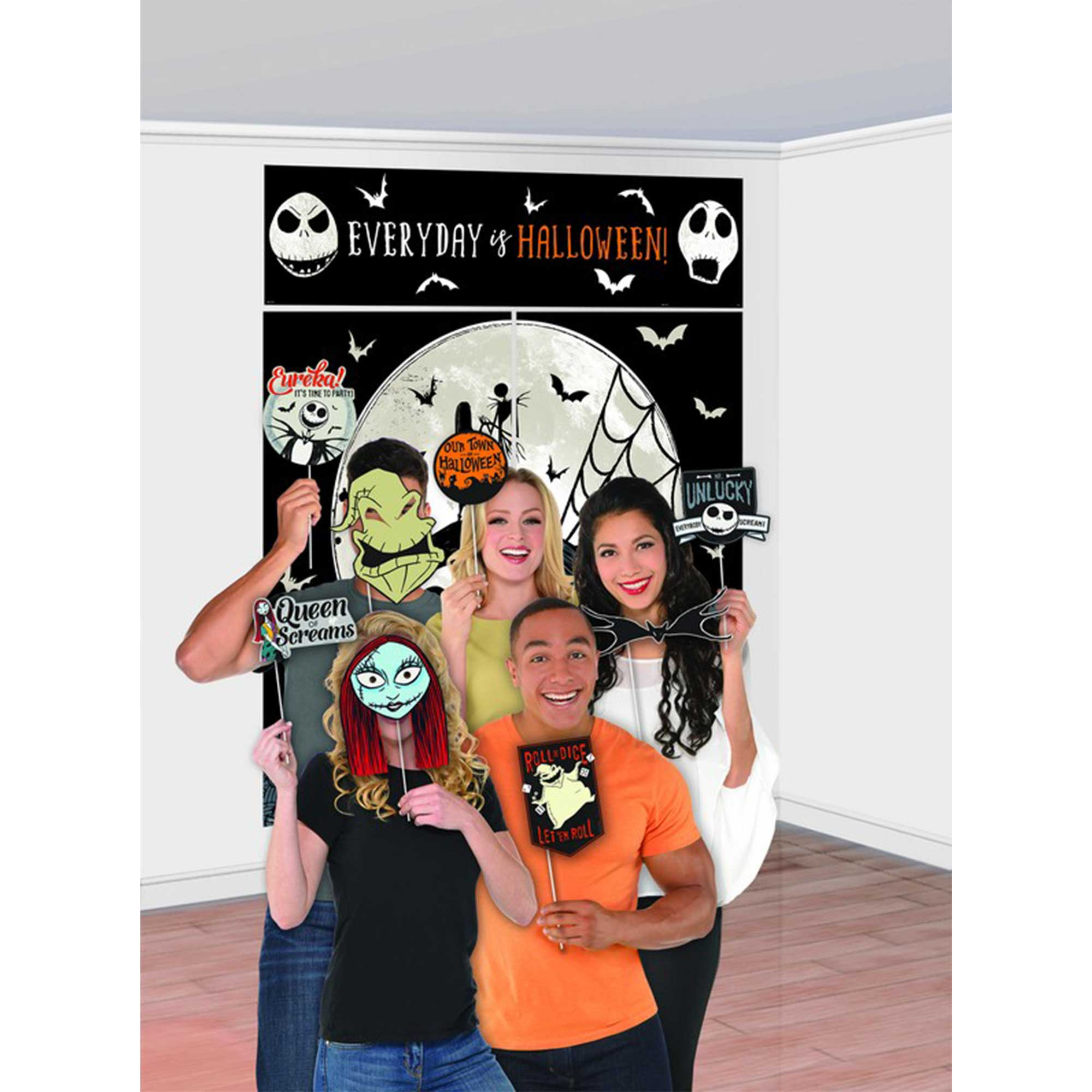 The Nightmare Before Christmas Plastic Scene Setter & Photo Props